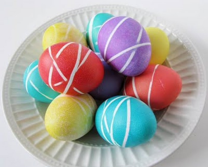 Украшение пасхальных яиц. Канцелярские резинки