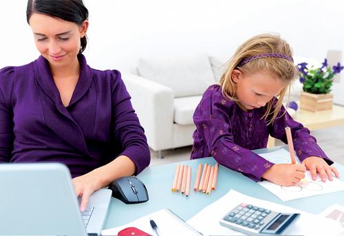 Як поєднати роботу і дітей