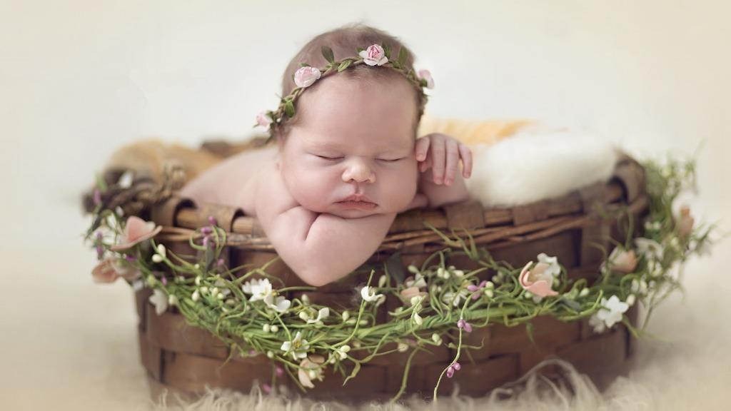 профессиональная фотосессия новорожденных