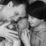 Сімейна фотосесія - 12 цікавих ідей. Чорно-біле сімейне фото