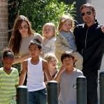 Джоллі і Пітт з дітьми