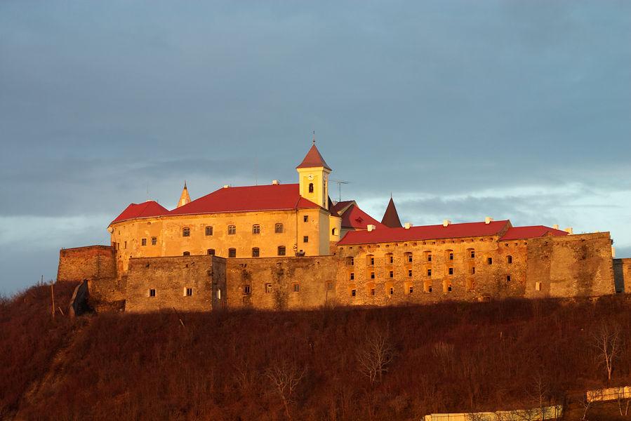 Путешествие по замкам. Замок Паланок