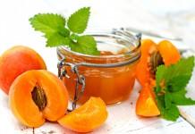 Десерти з абрикосів і персиків для дітей