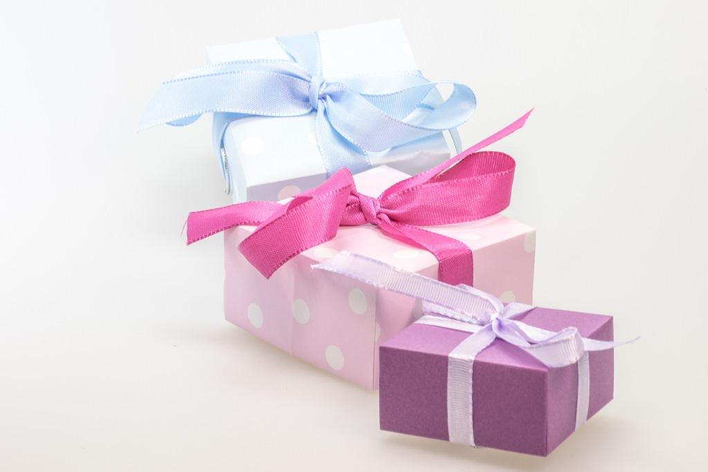 День рождения праздник a подарки 957